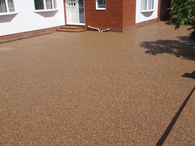 resin bound driveway laid near Stockport